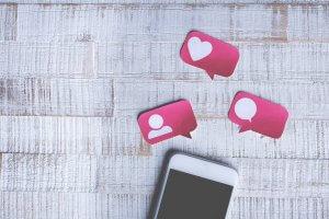 agencia de redes sociales cubos web